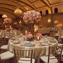 gold chiavari chairs Luxe Sample Image